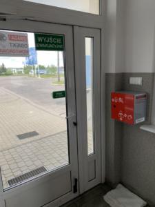 Stacja do dezynfekcji rąk - naścienna